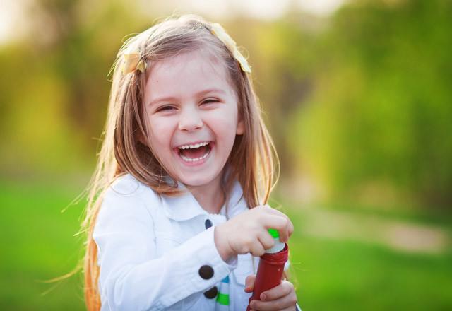 Çocuğunuzu Nasıl Yetiştirirseniz Özgüven Sahibi Olur?